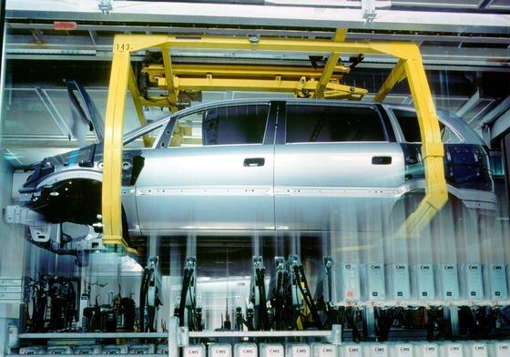 Noch bis Dezember 2014 werden in Bochum Autos produziert, unter anderem der Opel Zafira. Anschließend will die Deutsche Post DHL in den Werkshallen ein Logistikzentrum einrichten.