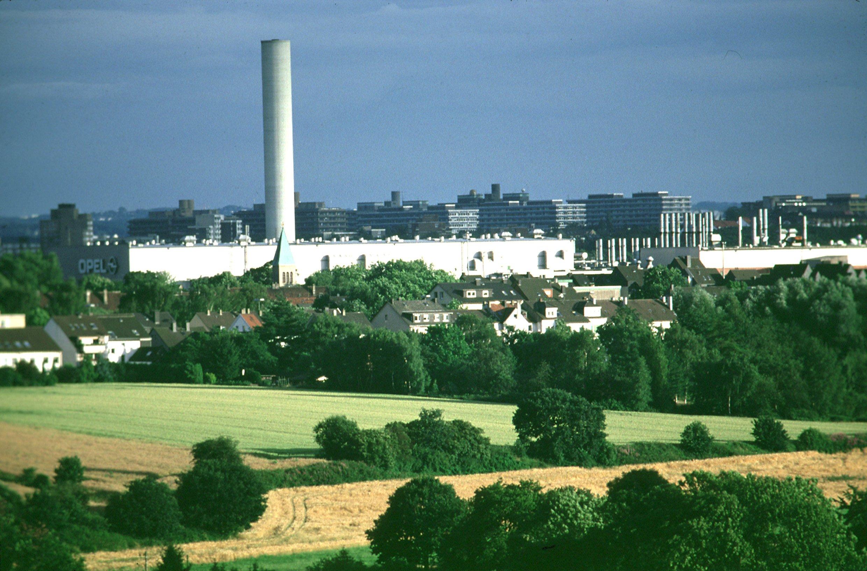Das Opel-Werk in Bochum wird künftig eines der größten Paketzentren Deutschlands beherbergen.