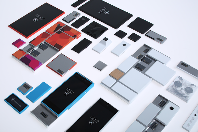 Die Bauteile des modularen Smartphones.