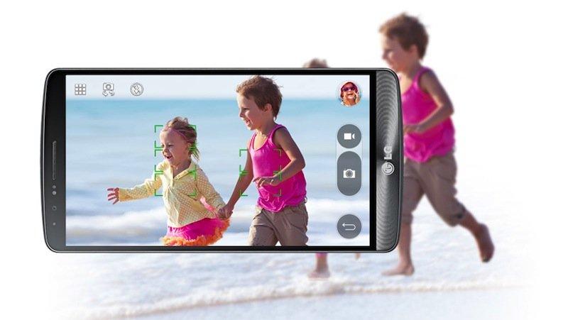 In weniger als 0,3 Sekunden kann die Kameras sauber fokussieren, ein Stabilisator sorgt zusätzlich für ein ruhiges Bild.
