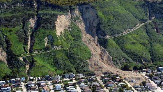 Der kalifornische Küstenort La Conchita nach dem verheerenden Erdrutsch im Jahr 2005. Zehn Menschen wurden von den Erdmassen erdrückt.