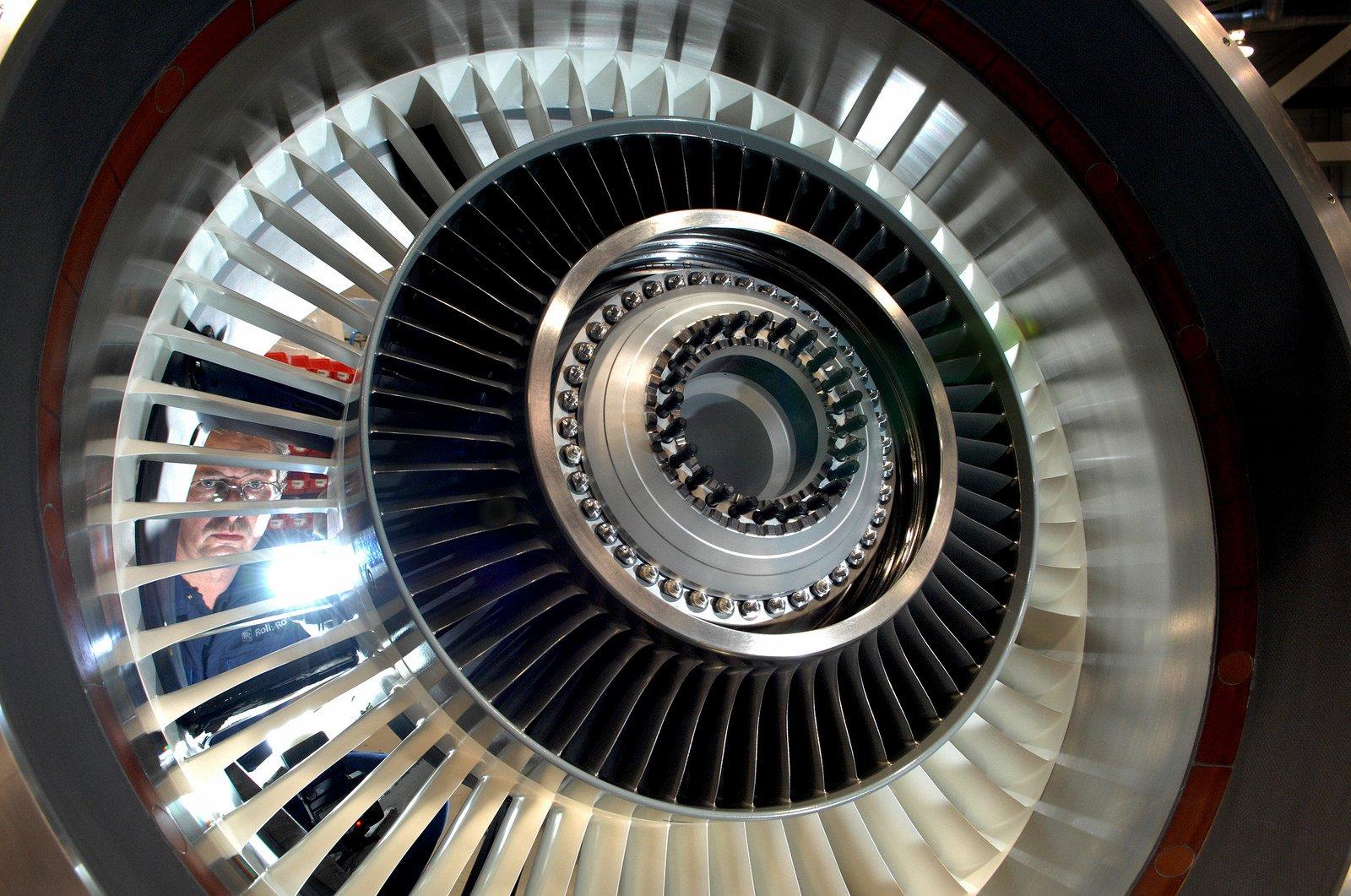 Rolls-Royce-Triebwerk für den Gulfstream G400 Business Jet: Künftig will Rolls-Royce auch wieder Propeller für den Flugzeugantrieb einsetzen, kündigte Entwicklungschef Ric Parker an.