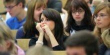 Studenten trauen sich mit Bachelorabschluss nicht auf den Arbeitsmarkt