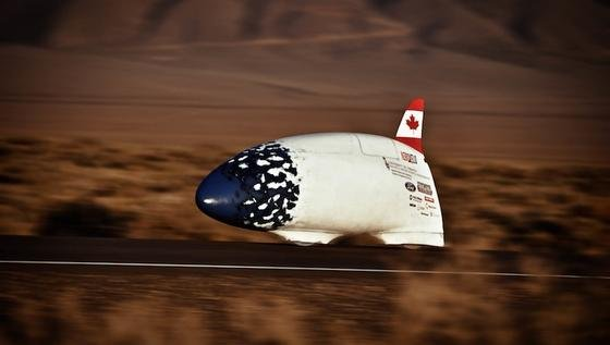 Mit ihrem Highspeed-Fahrrad Bluenose haben die kanadischen Studenten bislang 120 km/h erreicht. Jetzt feilen sie am Nachfolger ETA, der noch 20 km/h schneller werden soll.