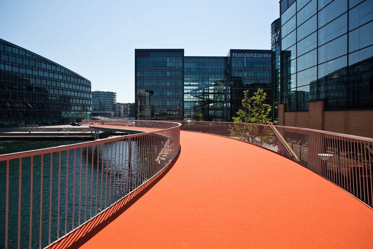 Kreuzungsfrei durch die Innenstadt: Snake ist ein Radweg im ersten Stock, den Kopenhagen durch die Innenstadt gebaut hat