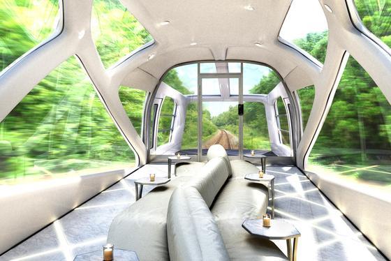 Im Frühjahr 2017 beginnt eine neue Ära des Reisens: In Japan wird dann erstmals der Cruise Train mit 34 Passagieren auf große Fahrt gehen. Im Bild die Lounge an der Spitze des Zuges.