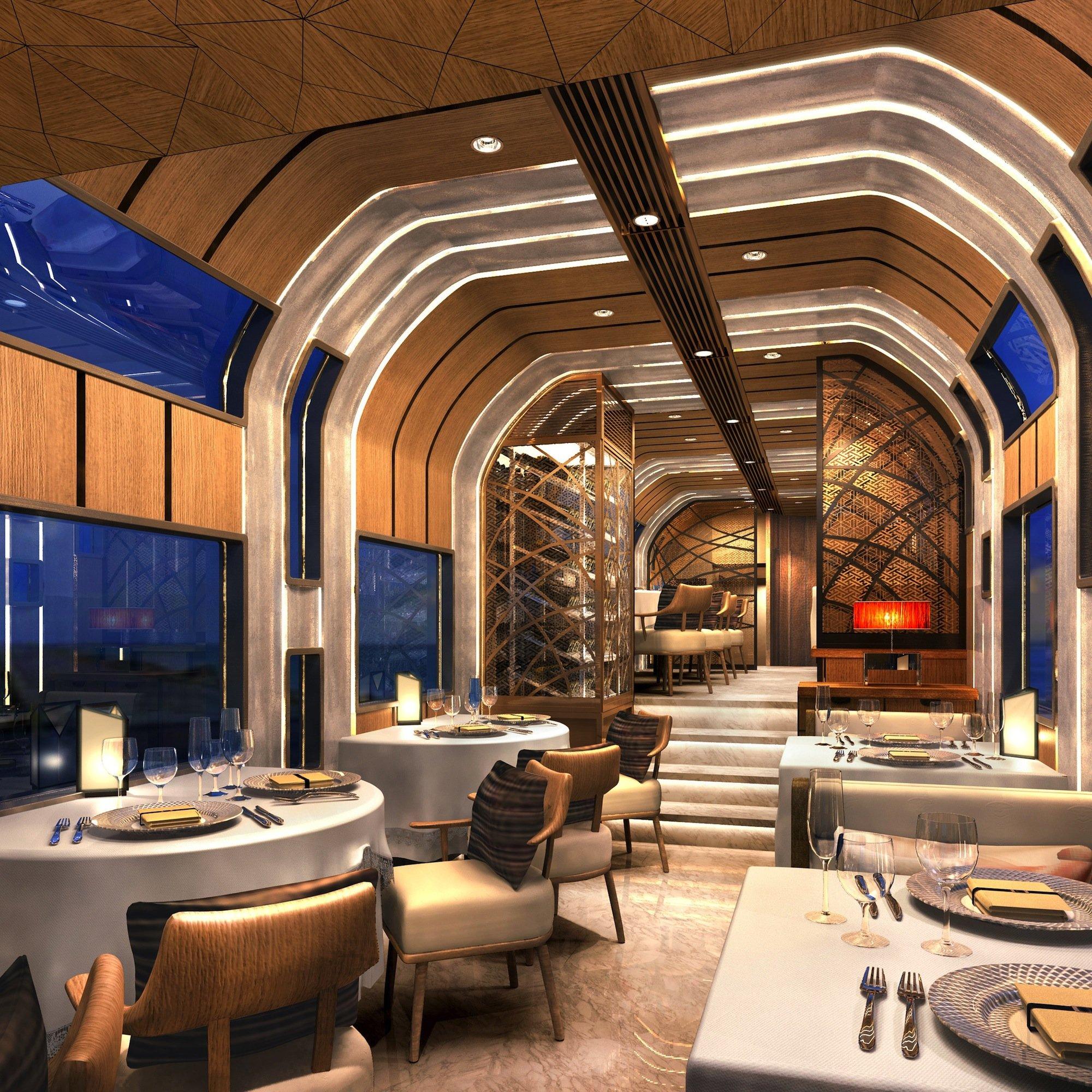 Luxus und Großzügigkeit zeigt der Cruise Train auch im Speisewagen.