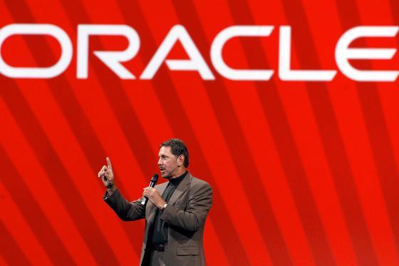 Oracle-Chef Larry Ellison: Für 3,9 Milliarden Euro übernimmt Oracle denkalifornischen Softwarekonzern Micro Systems.