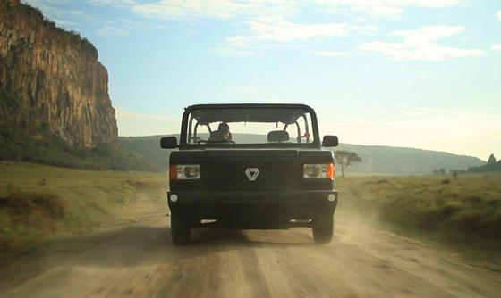 Sobald die Serienproduktion läuft, soll Mobius II für unter 8000 Euro auf den afrikanischen Markt kommen. Das SUV wiegt 1,3 Tonnen und schluckt zwischen zehn und zwölf Litern Benzin pro 100 Kilometer.