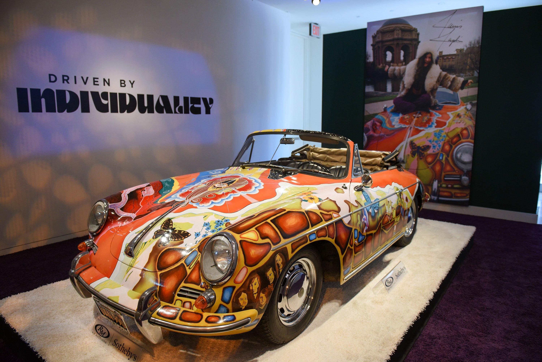 Janis-Joplin-Porsche bei Sotheby's in New York: Das Auto wurde jetzt für 1,76 Millionen $ versteigert. Wer das Auto nun fährt oder nur anschaut, ist unbekannt.
