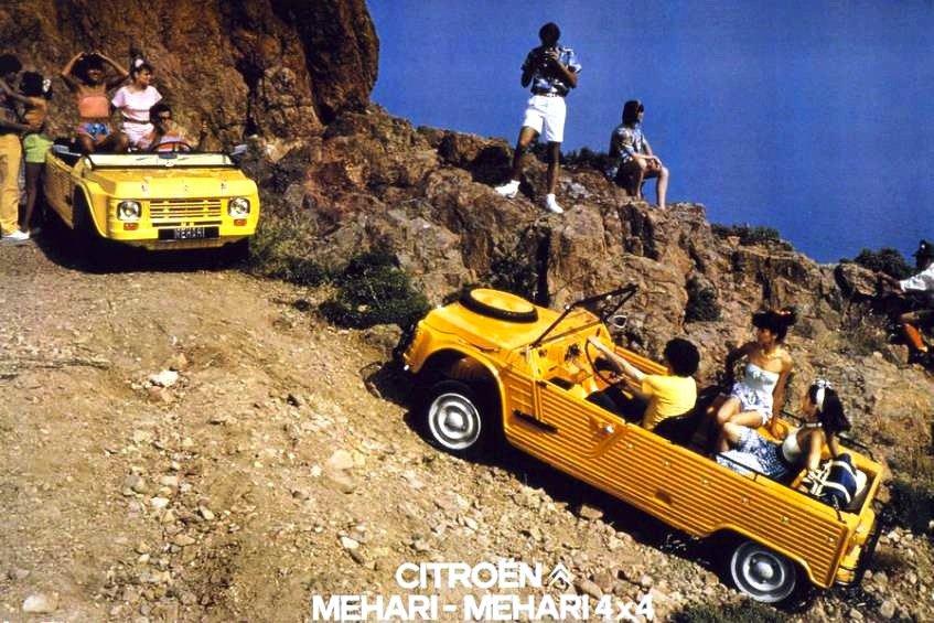 Der Original-Mehari war ein reines Spaßauto für gutes Wetter: Straßenlage und Motor von der Ente, die rudimentäre Karosserie aus Plastik ohne Seitenfenster und störende Überrollbügel.