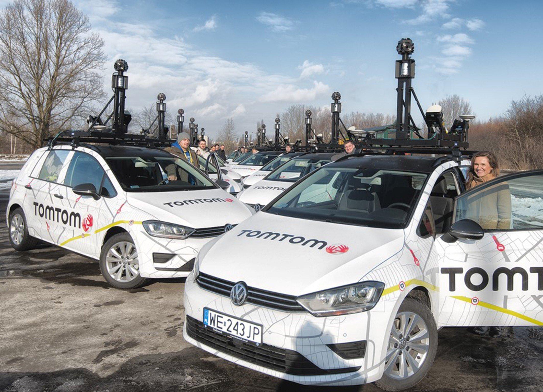 Kamera-Autos von TomTom: Der Bosch-Konzern und TomTom arbeiten eng zusammen, um hoch präzise Kartendaten für das Autonome Fahren anbieten zu können.