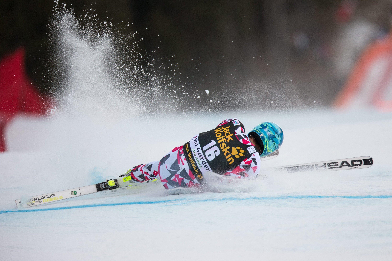 Sturz des Skirennfahrers Matthias Mayer: Ein Ski-Airbag konnte Mayer vor schlimmeren Verletzungen bewahren.