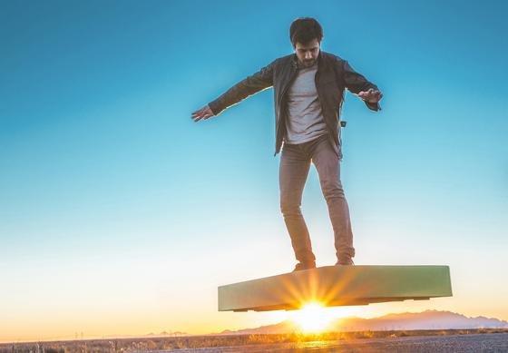 """""""Jeder kann fliegen, zu jeder Zeit und überall"""", wirbt die Arca Space Corporation für ihr ArcaBoard."""