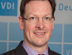 Lars Funk fordert mehr Durchlässigkeit für Techniker und Meister.