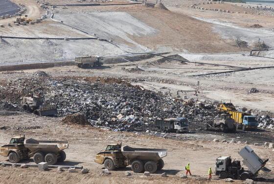 Müll an Hongkongs Küste: China hat nicht nur mit der Luftverschmutzung ein Problem.