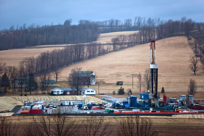 Fracking inPennsylvania (USA). Die umstrittene Fördermethode schneidet in der Studie der britischen Forscher besser ab als die Ausbeutung von Ölsanden. Diese benötigt hohen Energieaufwand bei relativ geringer Ausbeute.
