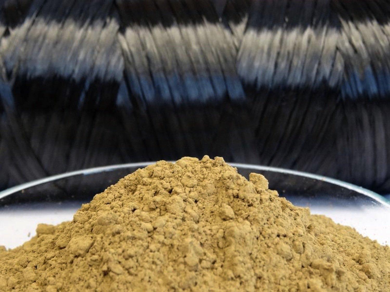 Der Holzstoff Lignin hat einen Kohlenstoffanteil von bis zu 65 Prozent. Er wäre eine Alternative zufossil-basiertem Polyacrylnitril (PAN) oder Pech. Das sind die bisherigen Quellen für die Carbonfaserherstellung.