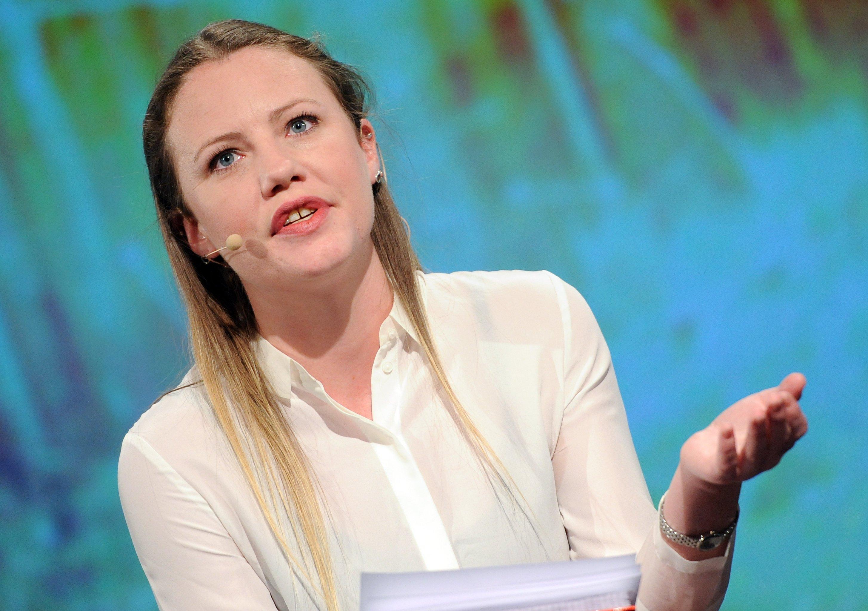 Sarah Harrison: Die britische Journalistin und führende Mitarbeiterin von Wikileaks ist eine der drei Betroffenen, deren Daten von Google an das FBI weitergeleitet wurden.