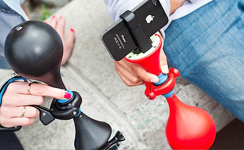 Der Bildstabilisator Luuv lässt sich unter anderem mit dem iPhone verbinden. Sportler können dann ruckelfreie Videos drehen.
