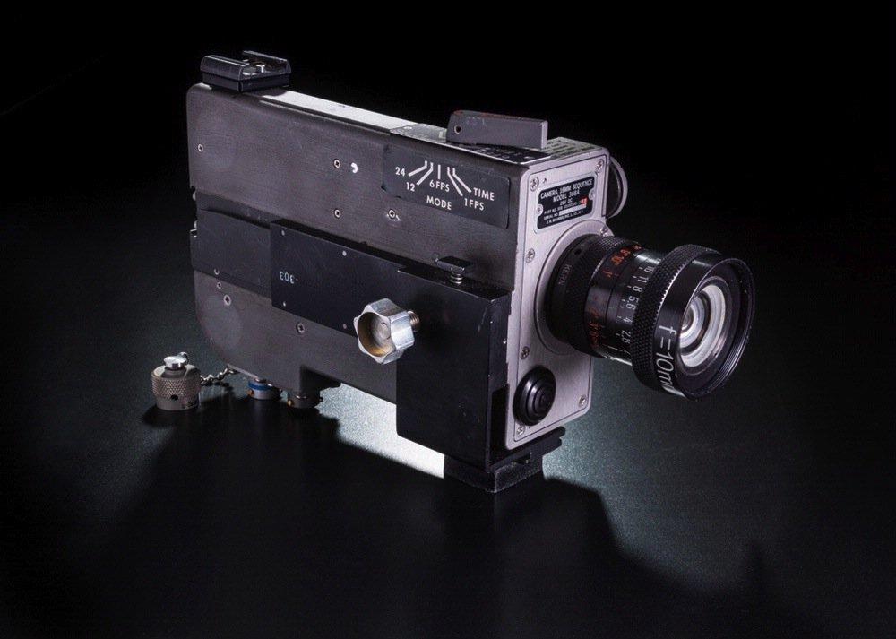Besonders wertvoller historischer Schatz: Mit dieser Kamera wurden unter anderem die berühmten Schritte des ersten Menschen auf dem Mond festgehalten.