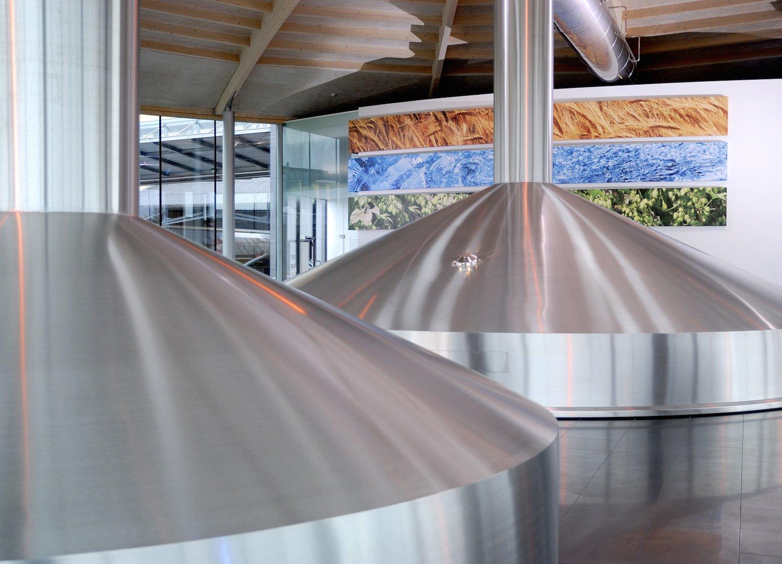 Der Brauprozess ist ein äußerst komplexer technischer Prozess und erfordert eine präzise ineinander arbeitende Prozesssteuerung. Trotzdem kann der Brauingenieur immer selbst den Herstellungsverlauf seines Bieres und Parameter wie Mengen, Temperaturen und Verweilzeiten selbst ändern und anpassen.