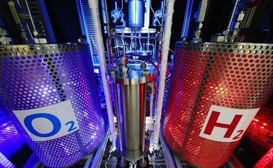 Forschungsarbeiten zur Elektrolyse laufen auch am DLR.