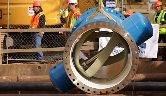 Sauberer Strom:Lucid Energy hat eine Turbine entwickelt, die im Rohr sitzt und die Energie des durchfließenden Wassers einfängt.