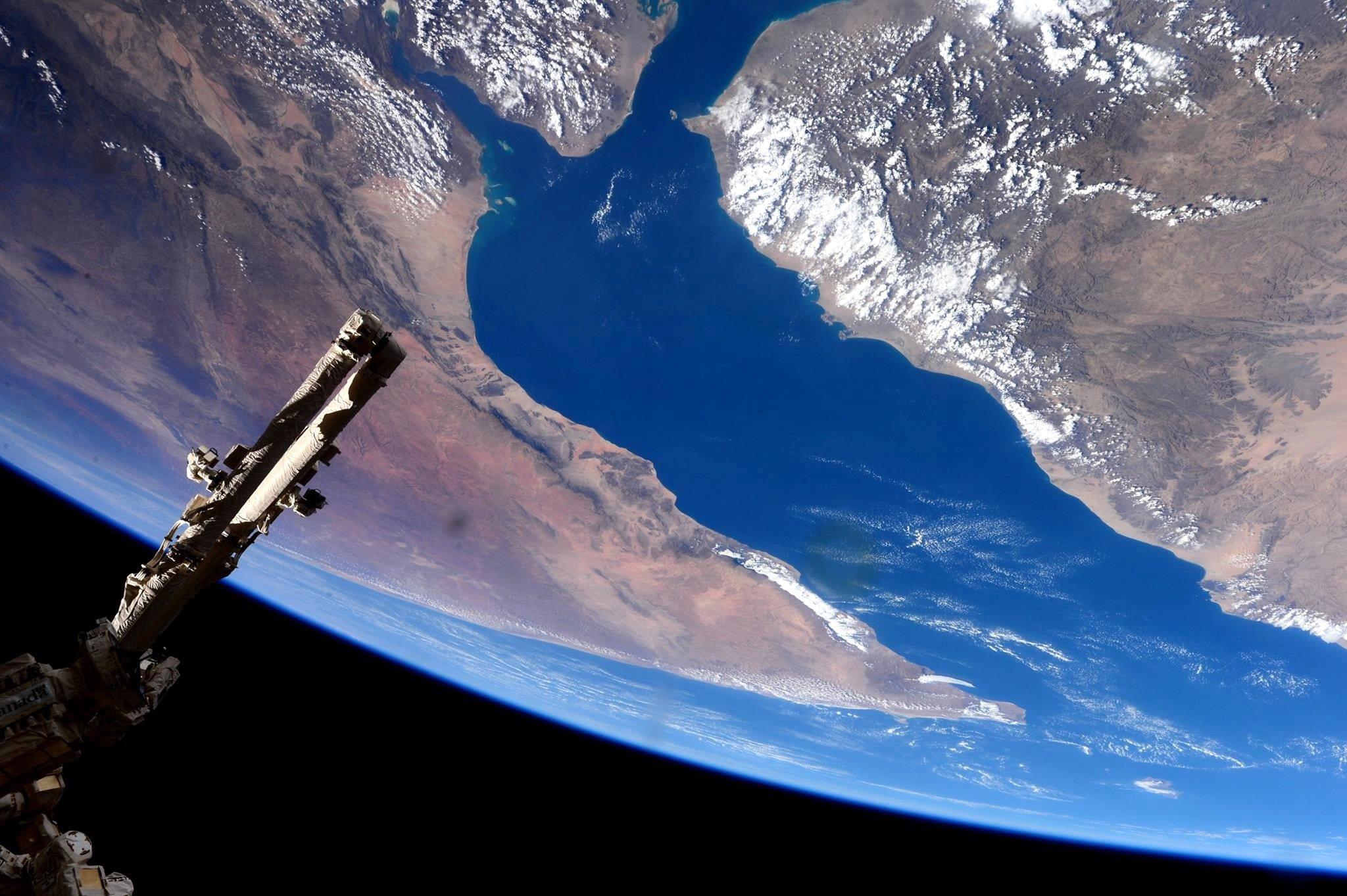 ISS über dem Golf von Aden: Bis 2024 ist der Bestand der Internationalen Raumstation gesichert. Dann setzt Russland auf eine eigene Raumstation.