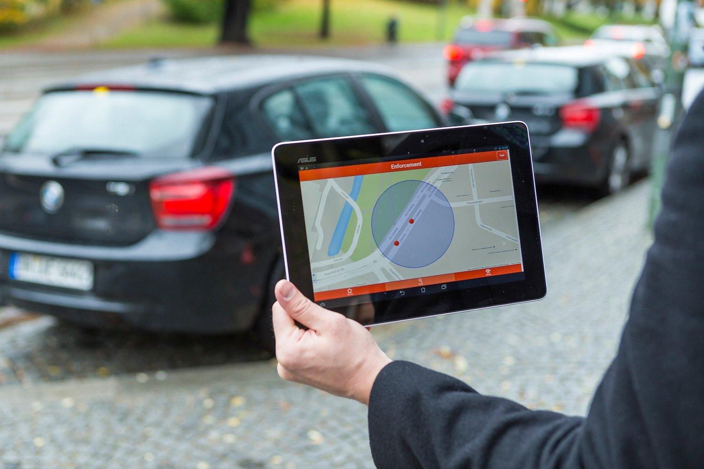 Das System von Siemens könnte auch Städte dabei unterstützen, Falschparker sofort zu erkennen, die auf Busspuren, Radwegen oder Bürgersteigen stehen.