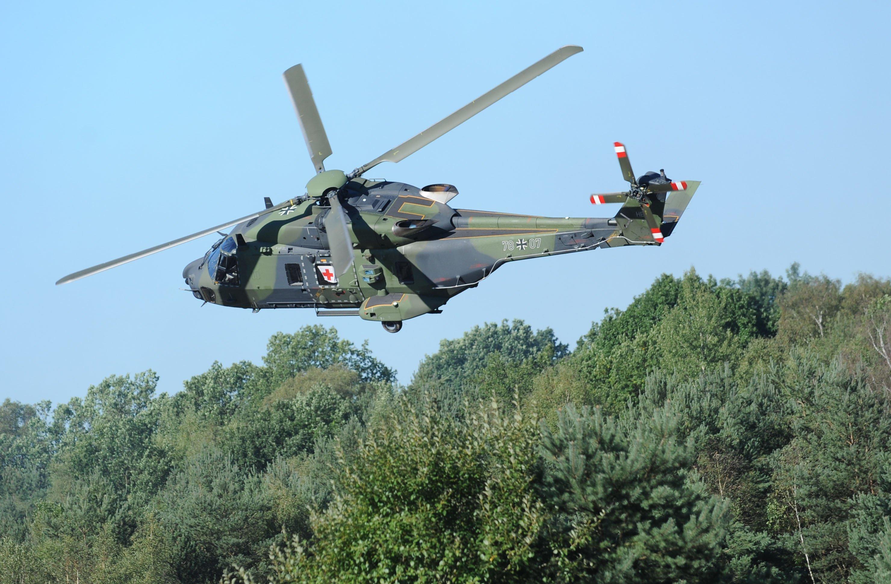 Weltweit sind schon 19 Triebwerkausfälle bekannt. Die Bundeswehr hatte den Flugbetrieb des NH90 vorläufig beendet, 14 Tage später allerdings wieder aufgenommen.