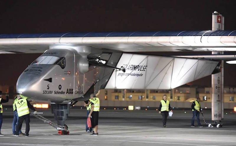 Das einsitzige Flugzeug besteht aus Carbonfasern und wiegt 2300 Kilogramm. Die Flügelspannweite von 72 Metern übertrifft die der Boeing 747 um drei Meter.