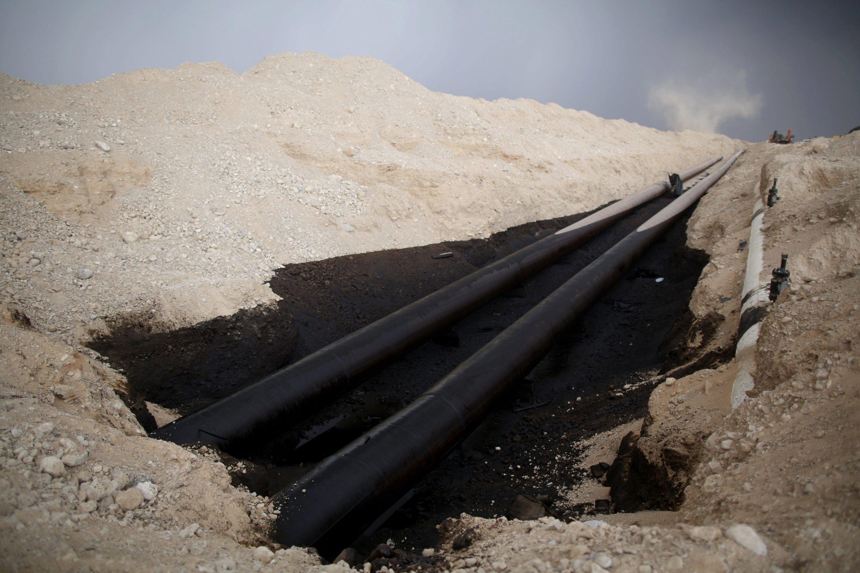 Im Dezember 2014 kam es in Israel zu einer schweren Ölkatastrophe: Aus einer defekten Pipeline flossen im Süden des Landes Millionen Liter Öl aus und schädigten das Naturschutzgebiet Evrona. Die Pipeline der norwegischen Ingenieure soll rechtzeitig vor Materialschwächen warnen.