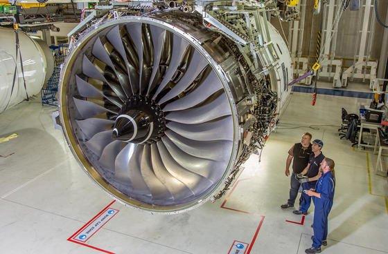 Triebwerk XWB-97 von Rolls-Royce: Das Triebwerk solldie neue Variante 1000 des Airbus Verkehrsflugzeugs A-350 antreiben. Bei der Prototypenherstellung großer Bauteile nutzt der Hersteller mittlerweile 3D-Drucker.