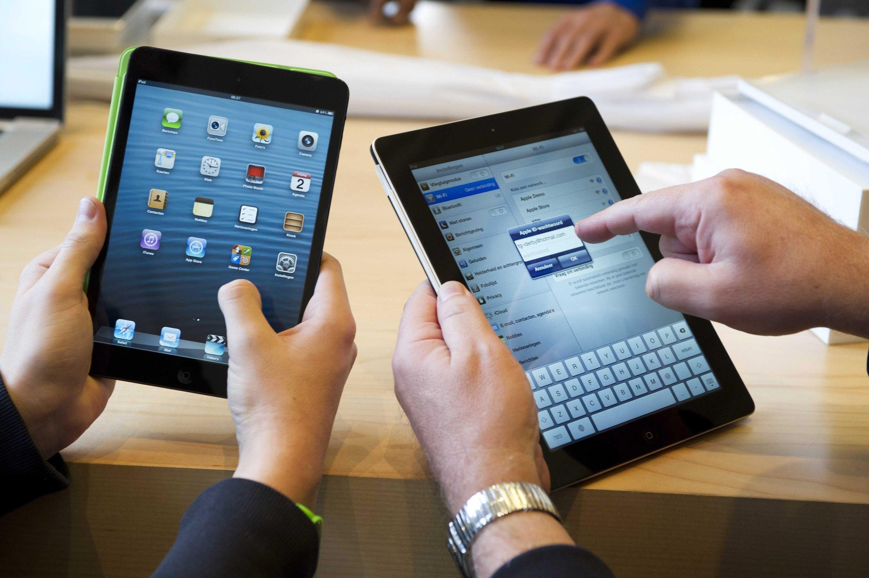iPad mini und das normale iPad: Das Betriebssystem von Apple ist so sicher, dass der Computer-Konzern nun Virenschutz-Software aus dem App Store verbannt.