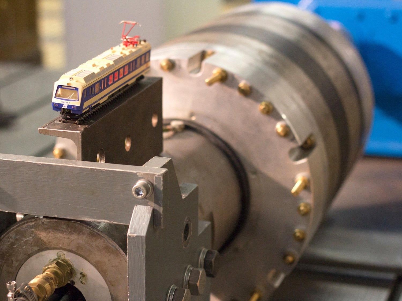 Die alternative Antriebsregelung könnte zukünftig auch in Motoren für elektrische Eisenbahnen zum Einsatz kommen.