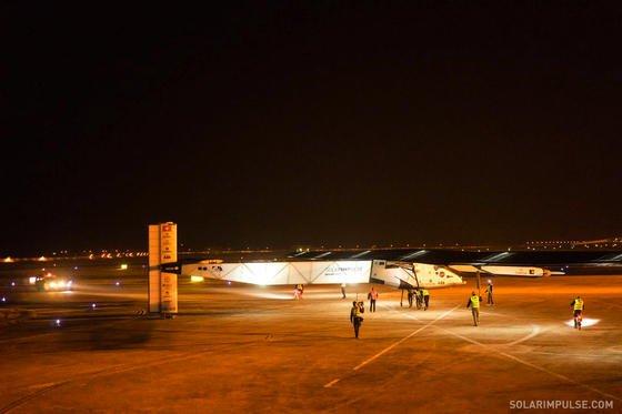 Flugzeuge wie die Solar Impulse ließen sich künftig mit dem neuen Elektromotor von Siemens antreiben, wenn sie das Gewicht auf zwei Tonnen begrenzen können.