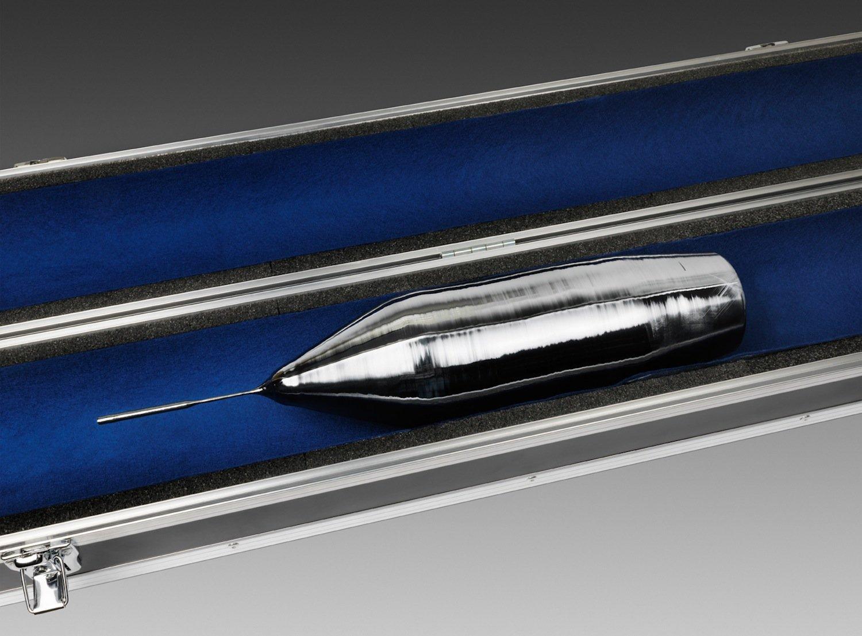 Mit dem Si-28-Einkristall geht das Kilogrammprojekt der PTB in seine entscheidende Etappe. Am 25. März 2015 wurde er aus dem Institut für Kristallzüchtung, Berlin, abgeholt und in die PTB gebracht.