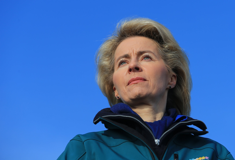 Hat schon wieder Ärger wegen der Ausrüstung der Bundeswehr:Verteidigungsministerin Ursula von der Leyen.