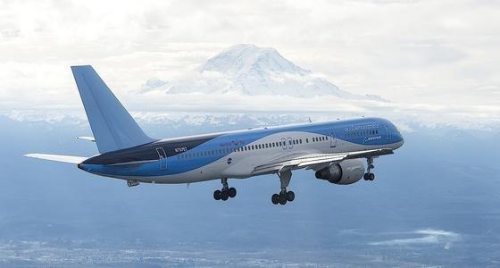 Boeing hat eine 757 für das sogenannte ecoDemonstrator-Programm umgerüstet. Die Maschine hebt demnächst in der Insektenhochburg Louisana ab – an den Flügeln befinden sich verschiedenen Oberflächenbeschichtungen.