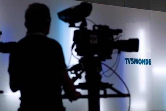Die französische Sendergruppe TV5Monde wurde am 8. April 2015 von Hackern attackiert. Offenbar von Unterstützern der Terrorgruppe IS (Islamischer Staat).