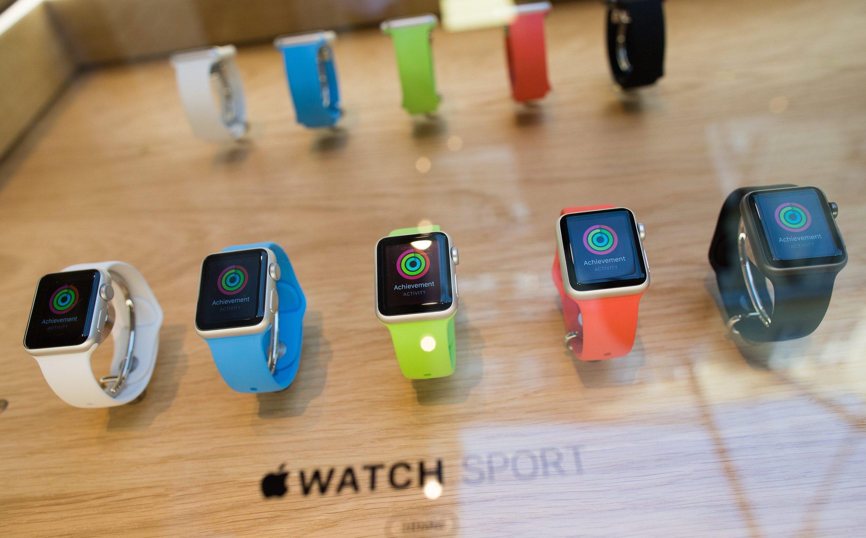 Die Apple Watch – hier im Apple Store in Covent Garden in London – gibt es in den verschiedensten Ausführungen und Farben.