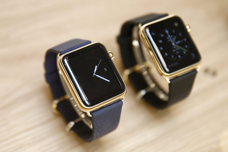 Die Apple Watch in Luxusausführung im Apple Store Paris in der Nähe der Oper: Die teuersten Ausführungen kosten 18.000 Dollar.