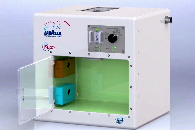 ISSpresso, die Kaffeemaschine für die ISS, haben deritalienische Kaffeeexperte Lavazza und das auf Raumfahrttechnik spezialisierten Turiner Unternehmen Argotec entwickelt.