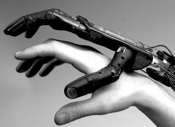 Die sensiblen Hände des Roboterkochs stammen von Shadowrobot.
