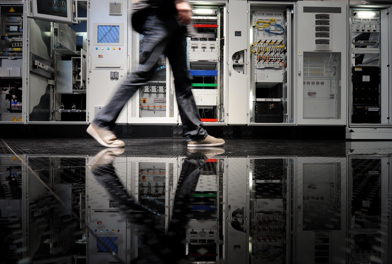 Spurensuche: Bis der Hardware-Defekt gefunden und das Computersystem der Bundesagentur für Arbeit wieder funktionierte, verging ein ganzer Arbeitstag.