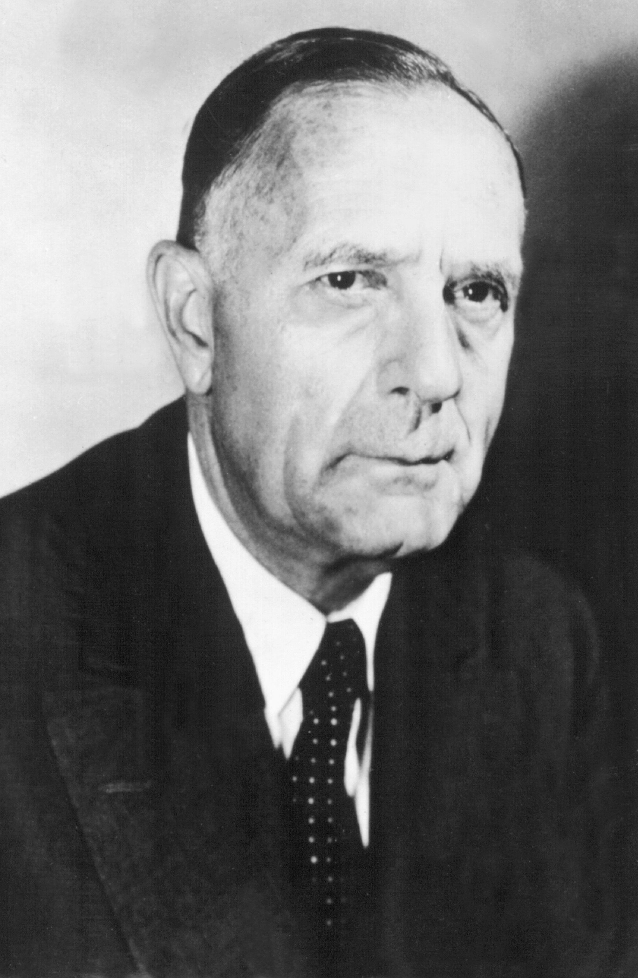 Während das Hubble-Weltraumteleskop vielen ein Begriff ist, kennen den Namensgeber Edwin Powell Hubble (1889-1953) weit weniger Menschen. Hubble gilt als der bedeutendste beobachtende Kosmologe des 20. Jahrhunderts.