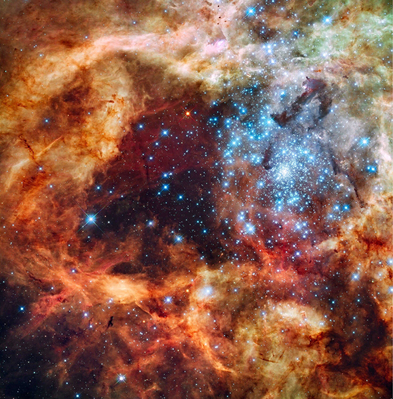 Blick auf R136: Der sogenannte Supersternhaufen befindet sich inmitten des Tarantelnebels in der Großen Magellanschen Wolke.