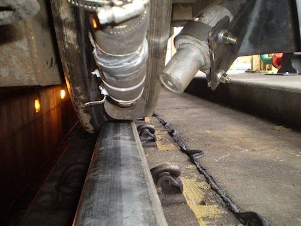 Das ARC-Schienenreinigungssystem von GE ist bereits in über 300 Lokomotiven installiert worden und soll weiterhin verbessert werden.