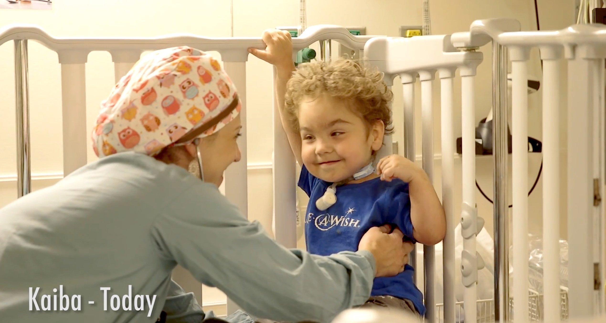 Kaiba Gionfriddo war der erste Junge, der dem neuen 3D-Implantat sein Leben verdankt.